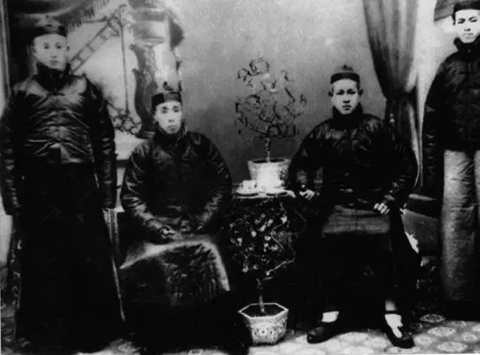 何月波的程氏八卦功夫:纸穗、铜壶、羊皮袄(安慰)